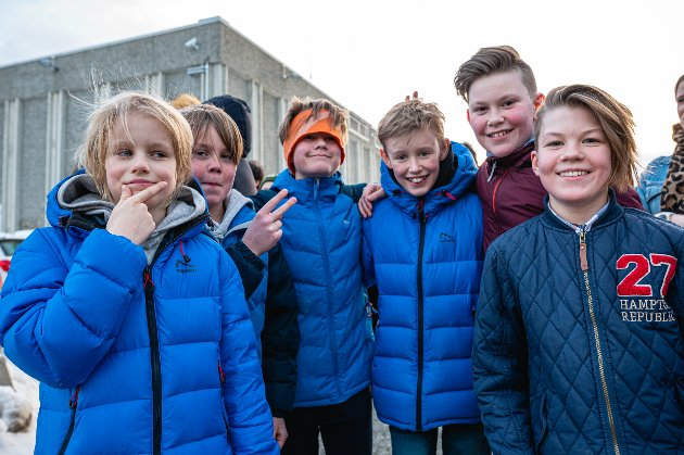 Nikal (9), Eljar (10), Håkon (11), Aleksander (11), Preben (11) og Henrik (11).