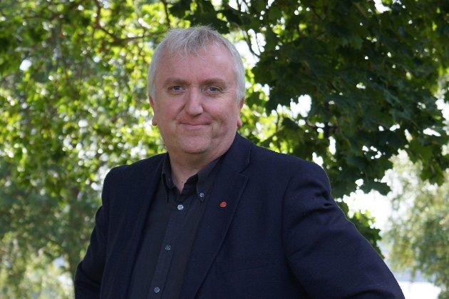 TILLIT: - Vi i Arbeiderpartiet har ikke tillit til høyreregjeringens vilje til å gjennomføre reformer, skriver fylkestingsrepresentant Bjørn Jarle Røberg-Larsen.