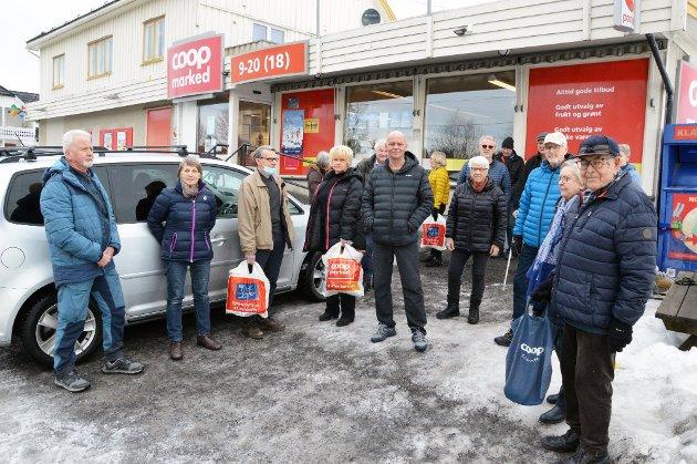 HANDLENDE: Mange på Bøverbru ønsker å beholde nærbutikken. - Vent med nedleggelse til et nytt bygg står klart, skriver Anne Elisabet Bye Nielsen.