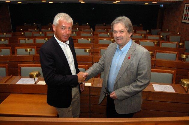 Per Askilsrud roser både rådmann Tore Isaksen og ordfører Kjell B. Hansen i dette leserinnlegget.