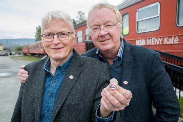 - MÅ SI FRA: Lars Olsen og Terje Andersen står i spissen for Banevokterne, som oppfordrer til aktiv kamp for Ringeriksbanen.
