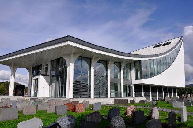 Hønefoss kirke er nesten helt ferdig