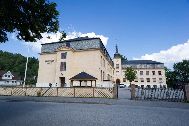 FEIL: - I helgen ble jeg overbevist om at beslutningen om å legge ned Hønefoss skole er feil, mener Brit H. Walbækken Bøhler (Rødt).