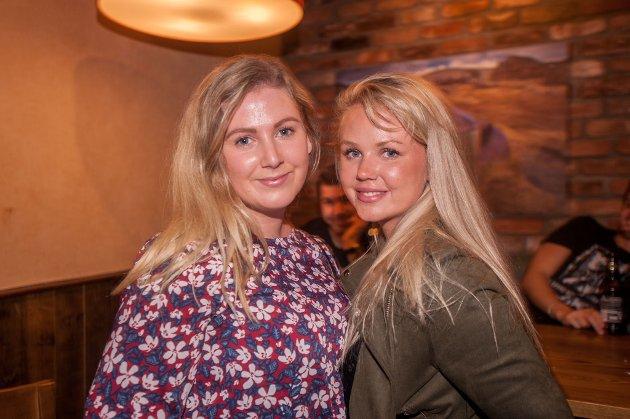 Jessheim, Hydranten: Mari Moum Hest og Sara Pak Løvhaug