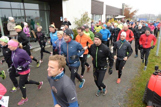 Starten på Backyard Ultra Viking Challenge på Haukerød.