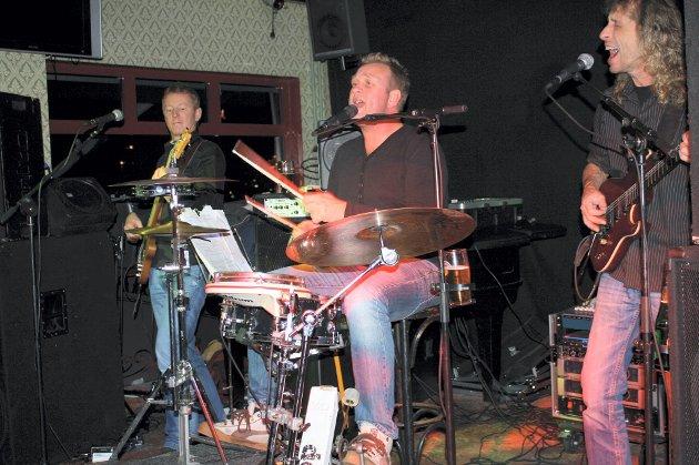 På James Clark: Party Bandet Lasse & Insektene fra Fredrikstad.
