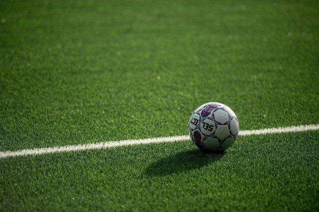 Frp-politiker Silje Hjemdal mener det er viktig at breddefotballen kommer i gang igjen. (Foto: Carina Johansen, NTB Scanpix)