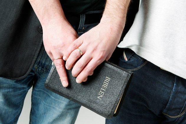 256 prester vurderer å slutte etter Kirkens homovedtak.
