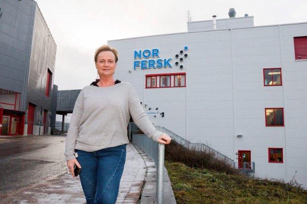 ÉN AV FÅ: Bente Lind leder milliardbedriften Norfersk på Hærland. Hun hører til unntaket, og er én av ytterst få kvinnelige toppsjefer i Indre Østfolds største bedrifter.