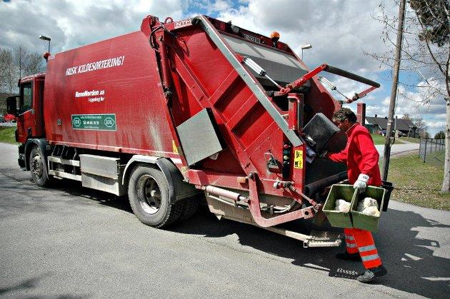 Fra januar vil papir og annet avfall hentes sjeldnere. Det har fått noen til å reagere.