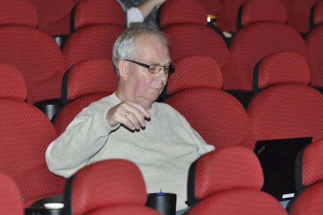 KRANGEL: Uavhengige Frank Finstad mener Sp, Ap og Frp blåser i de kreftsyke.