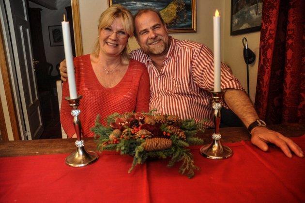TAKK: Øyvind Nesthus og Ellen Brox Krogsrud takker alle som  bidro til at julekvelden ble varm opg fikk stå i gledens tegn.