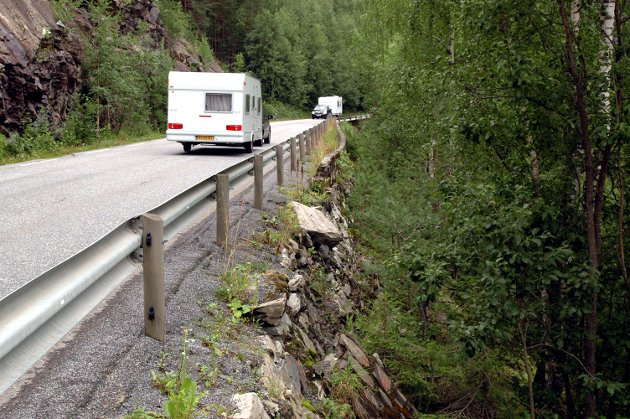 Blir det fritt å kjøre den gamle veien mellom Bagn og Bjørgo, etter at tunnelen er åpnet, spør Gunna A. Nordstad.
