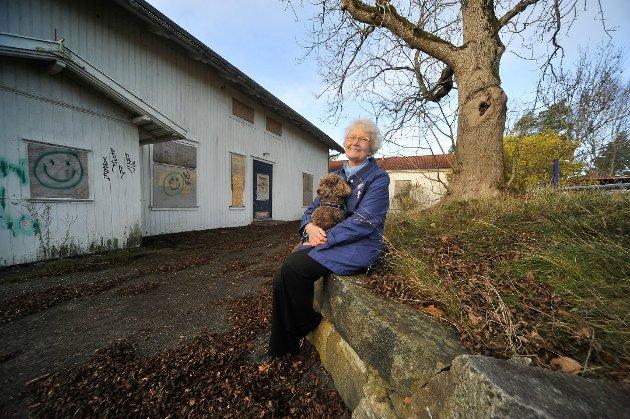 ØNSKER BEVARING: «Vestby MDG håper at klagen fra Fortidsminneforeningen vil få medhold. Det kan åpne for at bygningen restaureres tilbake til gammel prakt», skriver Bente Bakke (bildet ) og  Louise Brunborg-Næss i dette leserinnlegget.