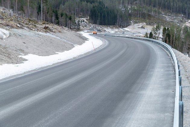 Snart ferdig: Den nye rv 70 mellom Saghøgda og Meisingset blir en fantastisk veistekning å kjøre. Foto: Tommy Rustad
