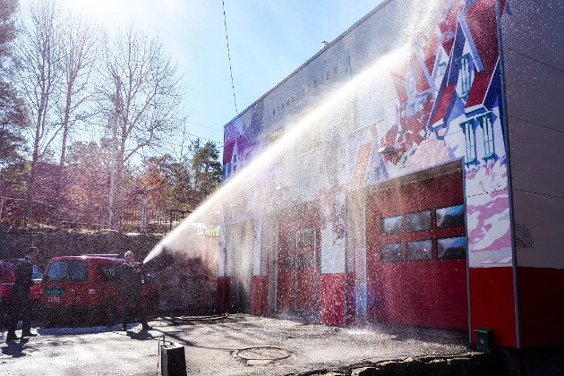-  Det er nesten litt pussig at debatten om å spare penger i brannvesenet kommer opp igjen, skriver ansvarlig redaktør Trond Nøstvold Tou i dagens leder.