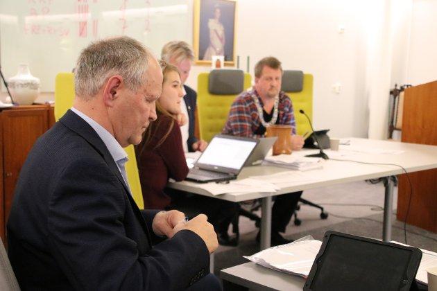 YTRING: Kåre Mathiassen meldte seg i forrige periode ut av Høyre og har vært uavhengig bystyrerepresentant. Her kommenterer han ordførervalget i Flekkefjord.