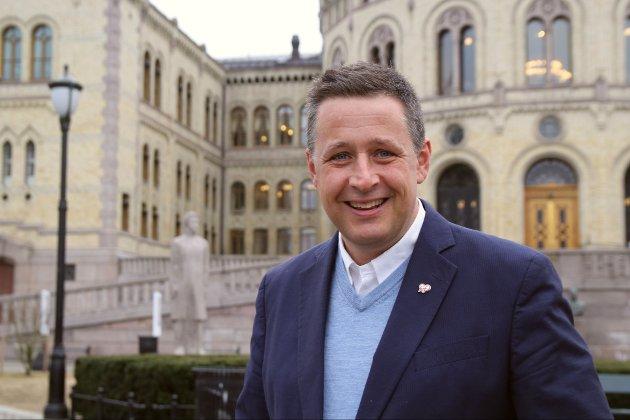 Stortingskandidat Espen Hasle for KrF i Oslo mener borettslag er løsninga på mange av utfordringene i boligmarkedet.