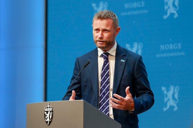 Oslo 20210705.  Helse- og omsorgsminister Bent Høie under en pressekonferansen om koronasituasjonen. Foto: Beate Oma Dahle / NTB