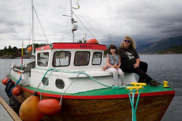 Bjørn Helgesen har kalla opp båten sin etter niesa Sofia på 8 år.