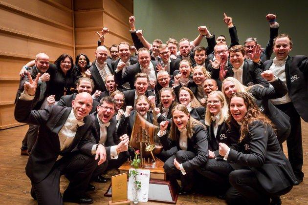 Brass-NM 2019. Eikanger-Bjørsvik musikklag vart suverene vinnarar i år også. Det er fjerde året på rad dei har vunnet.