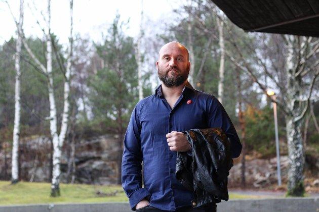 JANUAR: Den nordiske motstandsbevegelsen har høg aktivitet i Nordhordland. Det reagerte politikar Torbjørn Taranger i Alver SV sterkt på. – Vi må ta ansvar. Det kan ikkje bli vanleg å sjå nazipropaganda i gatene, sa han den gong.