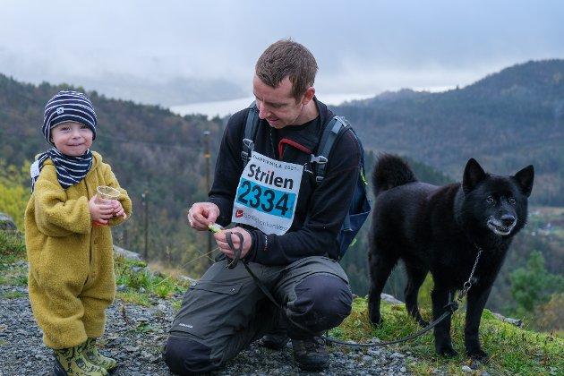I mål: Collin, Arne og hunden Hemi.