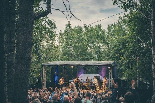 Suksess: Regnvær var blant bandene som spilte på Skogen-scenen under Parkenfestivalen i fjor.