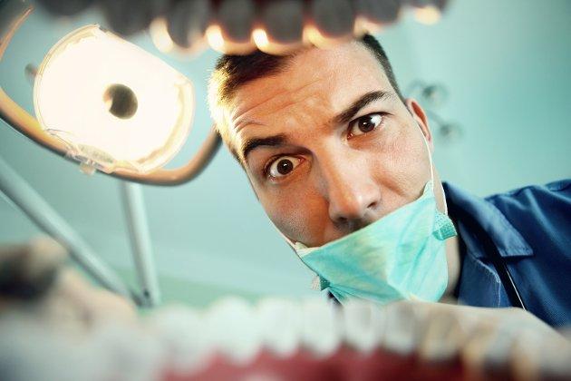 NFK er idag blant de dårligste på tannhelse i Norge. – Å legge ned tannlegekontor gjør tjenesten bedre tror de.