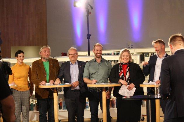 Paret i midten her, Håkon Møller (MDG) og Astri Dankertsen ga viktige avklaringen foran vaget i Bodø under debatten torsdag kveld
