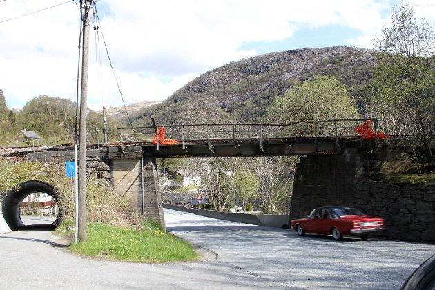 Jernbanebroen i Grimen. Kunne vi hatt lokaltog her?