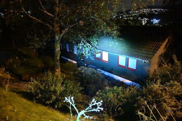 Demningen brast i Munkebotten. Det førte til overvømmelser og kaos.