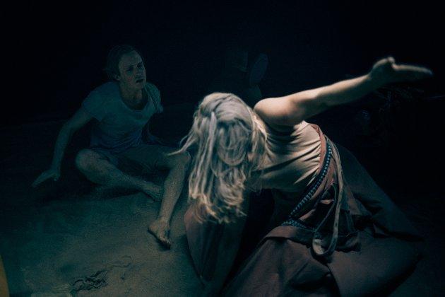 Teaterstykket med blant annet Knut Erik Engemoen og Sunniva Du Mood Nordal hadde urpremiere onsdag.