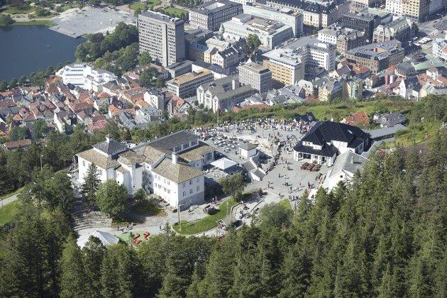 Flyfoto av Fløyen.