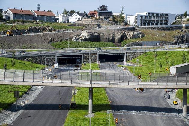 Nye E39 mellom Svegatjørn og Rådal skal være ferdig i 2022. Dette er fire felts motorvei. FOTO: EIRIK HAGESÆTER