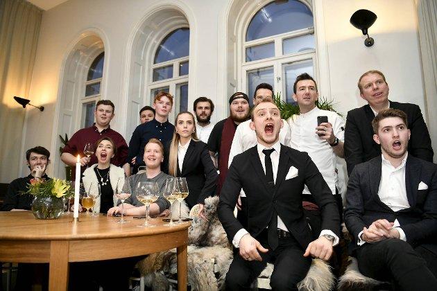 Bergen og restaurant Bare fikk sin første Michelin-stjerne. Her kan restaurantsjef John Erik Kvåle Øien og resten av staben slippe jubelen løs.