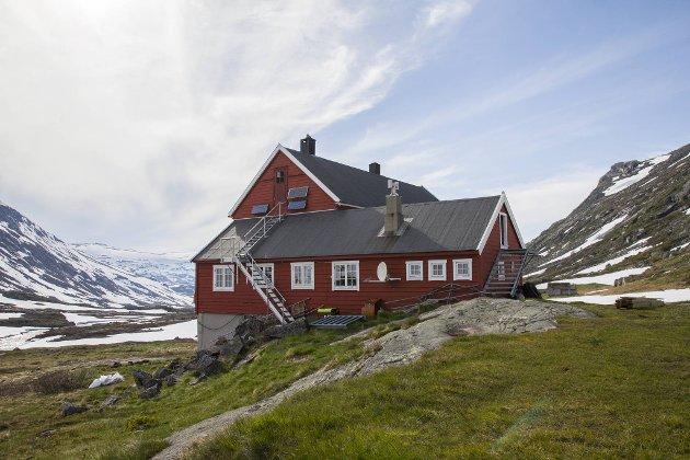 Stavali turisthytte ligger på Hardangervidden Vest.