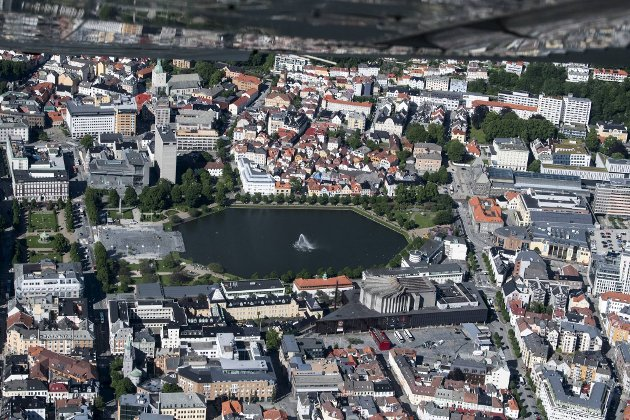 MDG vil gjøre hele Bergen sentrum bilfritt, ikke bare fossilfritt. Så mest overraskende er det kanskje at de vil tillate biler i Bergen sentrum. FOTO: SKJALG EKELAND