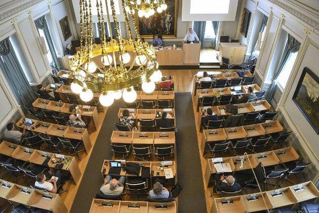 Politikerne som møtes i denne salen har langt dårligere rettssikkerhet enn politikerne som møtes på Stortinget. FOTO: RUNE JOHANSEN