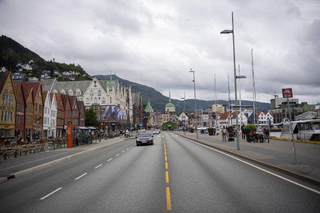 Forfatteren av dette innlegget argumenterer for at det ikke skal bli en ny sommer med Bryggen og Torget tomme for biler.