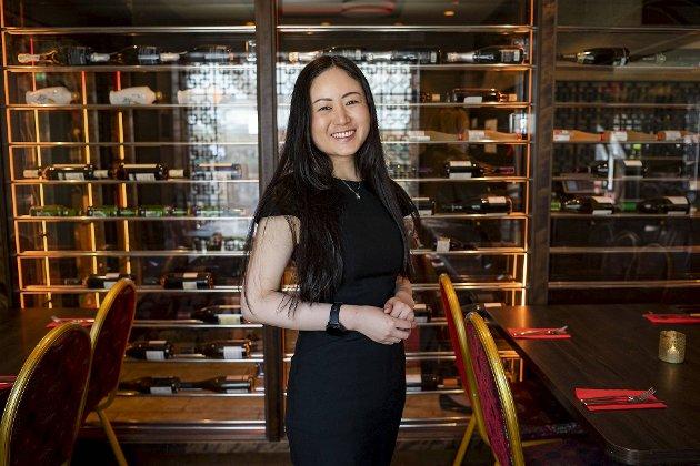 Charlotte Hui leder restauranten China Palace. På vinkartet lanseres nå kvalitetsviner som skal passe til ulike kinesiske retter.