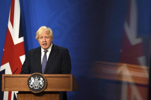 – I boken gir Peter Osborne en rekke eksempler på hvor ofte storbritannias statsminister Boris Johnson har løyet de siste årene for å svekke sine motstandere både i eget og andre partier, og for å ta fokus bort fra egne skandaler, skriver Finn Bjørn Tønder.  FOTO: Daniel Leal-Olivas, Pool Photo via AP