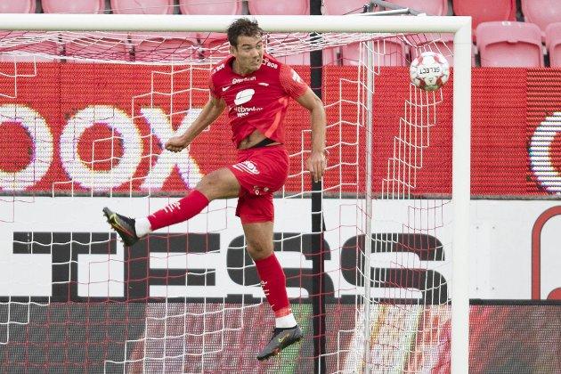Fredrik Pallesen Knudsen har vist seg som den hardhausen Brann trenger, mener Mathias Macody Lund.