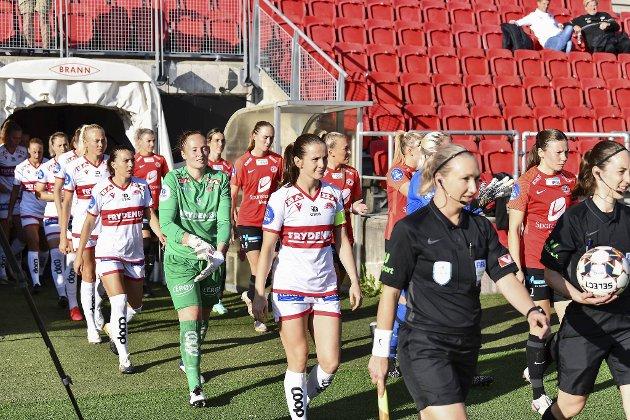 Sandviken tok imot Arna-Bjørnar på Stadion lørdag, og fortsatte veien mot seriegull med en solid 4-0-seier. Til neste år spiller sannsynligvis hjemmelaget med Brann-logoen på brystet.