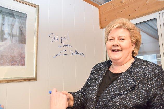 Erna Solberg beøskte Modum Høyre.