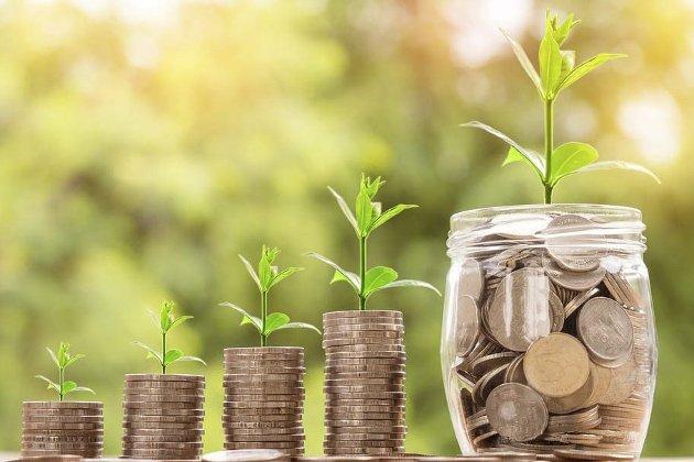 VOKSENDE GJELD: Privat gjeld øker med ti prosent årlig, forteller Kari Ask i denne spalten. Hun tar for seg hvordan vi skal ligge på forskudd på alt, og at vi kanskje ikke helt forstår verdien på penger i dagens samfunn.