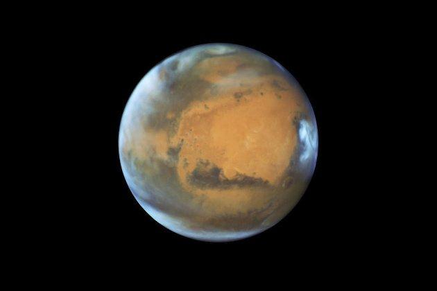 Kaldt på mars: Arve Borge skriver om framtidige besøk på planeten Mars, og råder de reisende til å ta med både raggsokker og godt med vintertøy. Temperaturen på kveldstid kan fort komme ned i et par hundre minus. foto: procero.com.mx