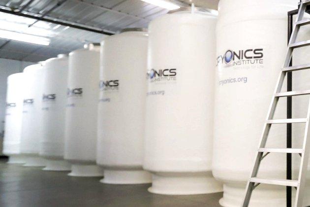 NEDFRYSING: Cryonics Institute i USA er blant få selskaper i verden som tilbyr nedfrysning av menneskekroppen i påvente av opptining og evig liv. Foto: NTB scanpix