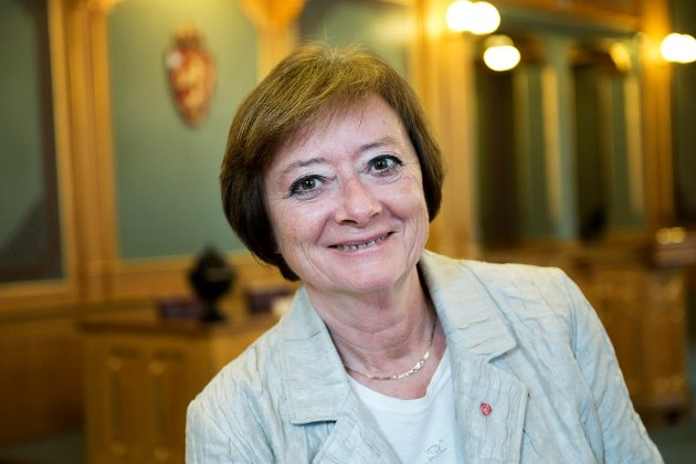 SKRIVER OM ØYEKIRURGI: Lise Christoffersen, stortingsrepresentant for Arbeiderpartiet fra Buskerud.