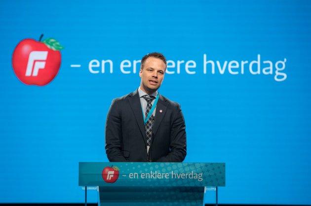 Oslo  20180429. Jon Helgheim (Frp) på talerstolen under Fremskrittspartiets landsmøte på søndag Foto: Vidar Ruud / NTB scanpix